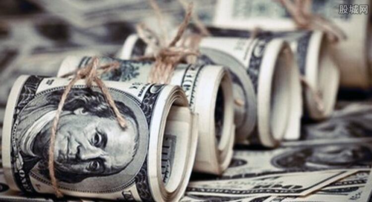 美元美股冲高回落