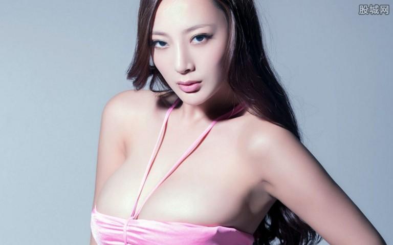 王李丹妮艺术照 在网上引发轩然大波