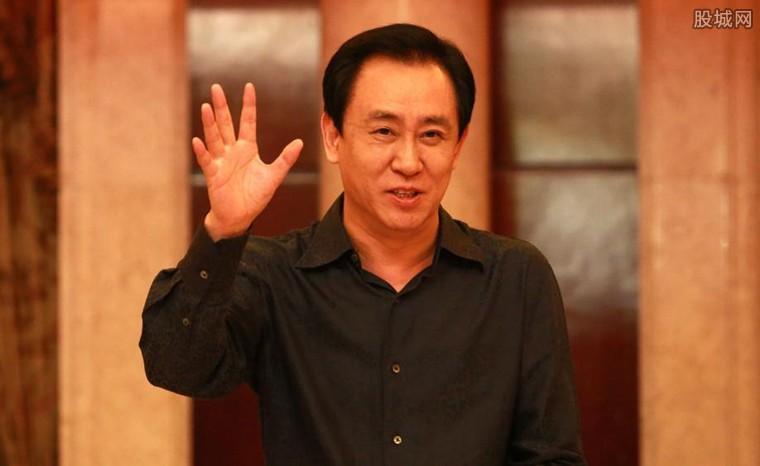 中国首富是谁