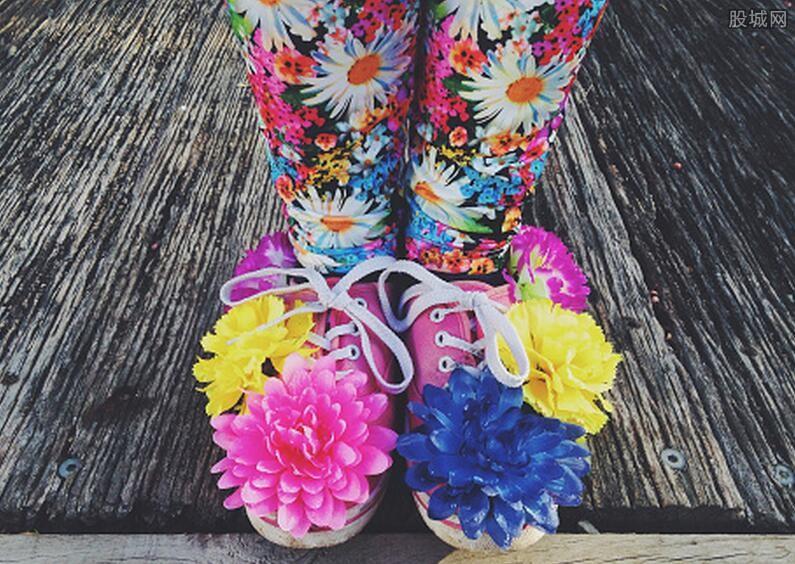 通過女人的鞋看女人的性格特點 穿涼鞋女孩人緣好