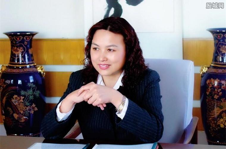 中国女首富是谁