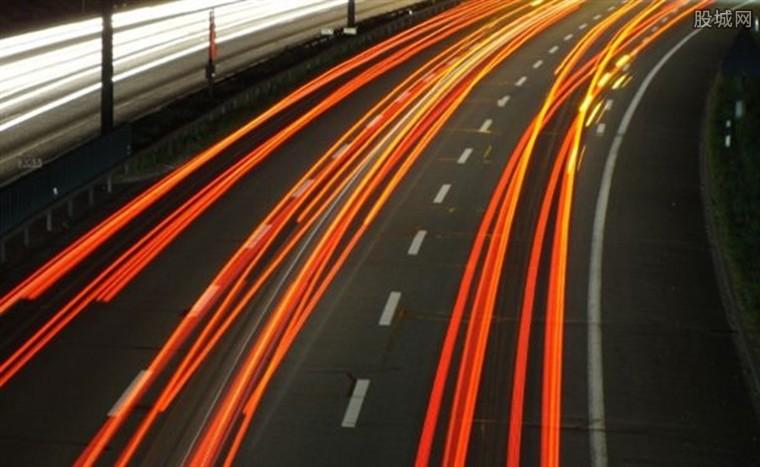 我国高速公路网是中国首条超级高速公路2022年要通车