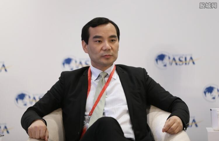 吴小晖被提起公诉的原因是什么?