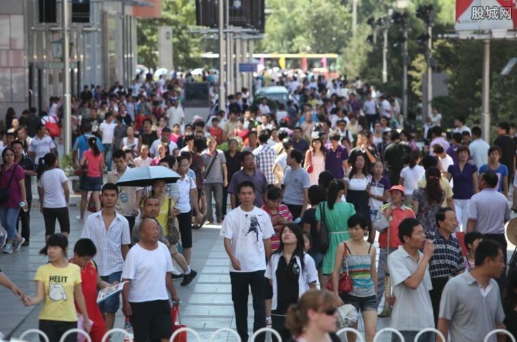 海南人口结构问题突出