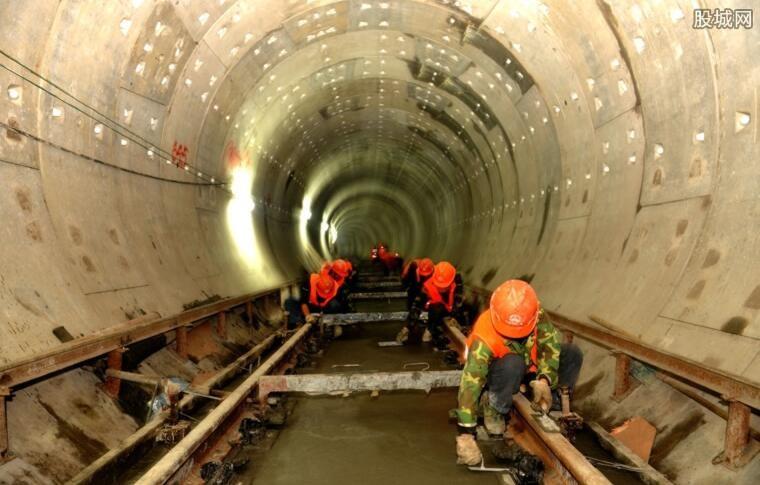 港铁工程被揭发造假需重建