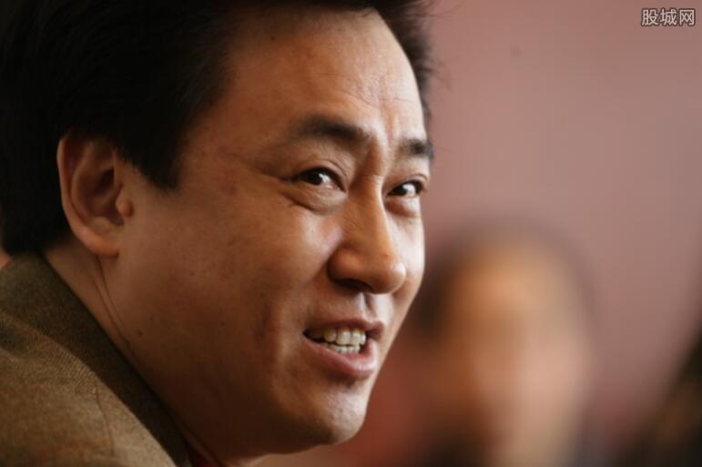 许家印登顶中国首富