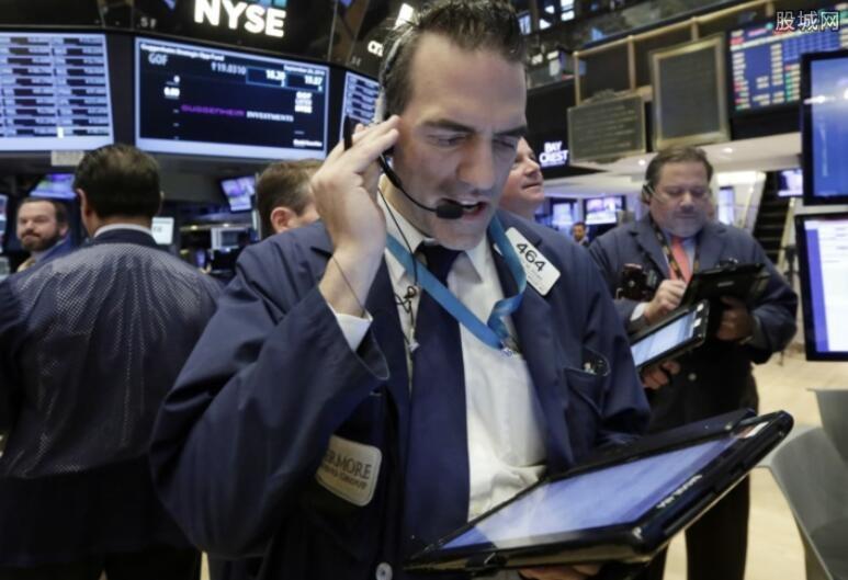 美股收跌国际油价大跌