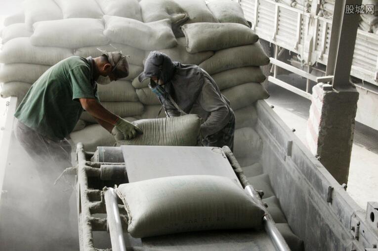 水泥熟料运输过程