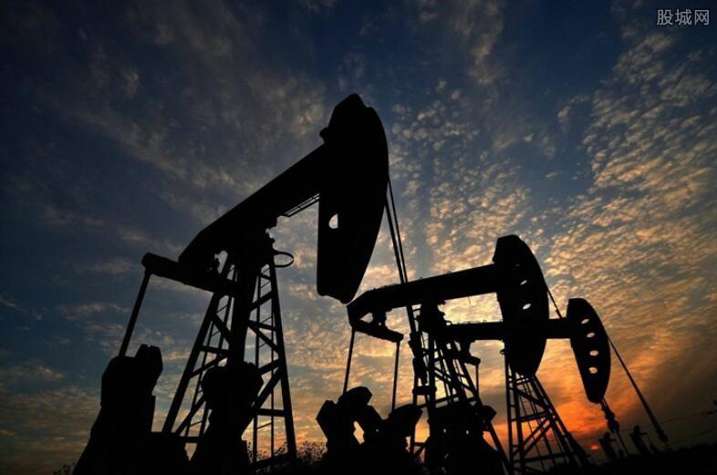中石油股价跌破8元创新