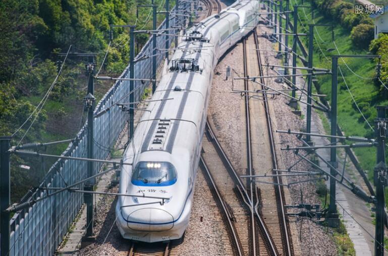 持续加大中西部铁路建设
