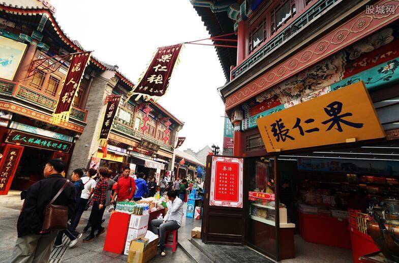 天津闹市街道