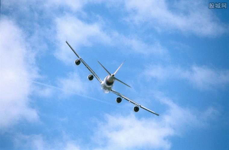 达美航空飞机故障 发动机发生故障客机安全着陆