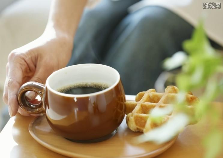 瑞幸咖啡亏超8亿 为