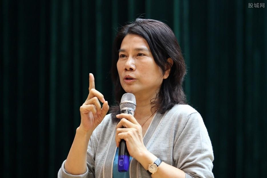 董明珠连任格力电器董事 闺蜜刘姝威当选独董