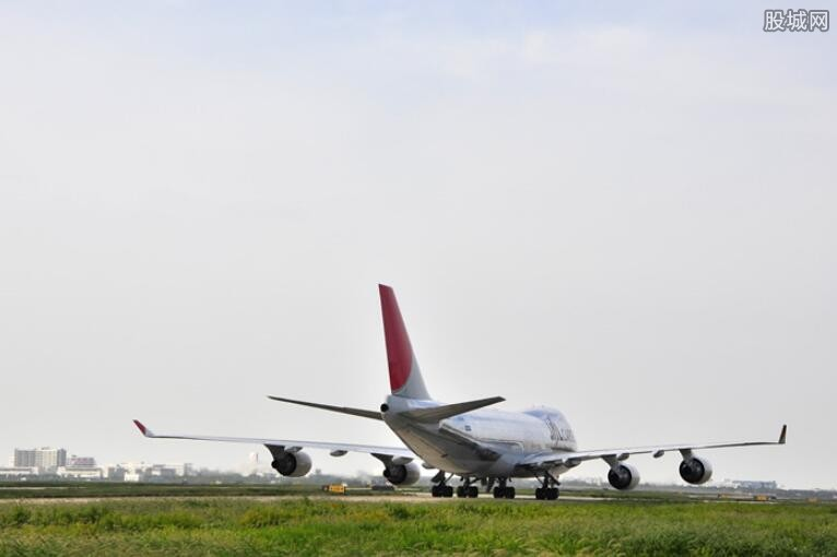 春节期间机场航班量