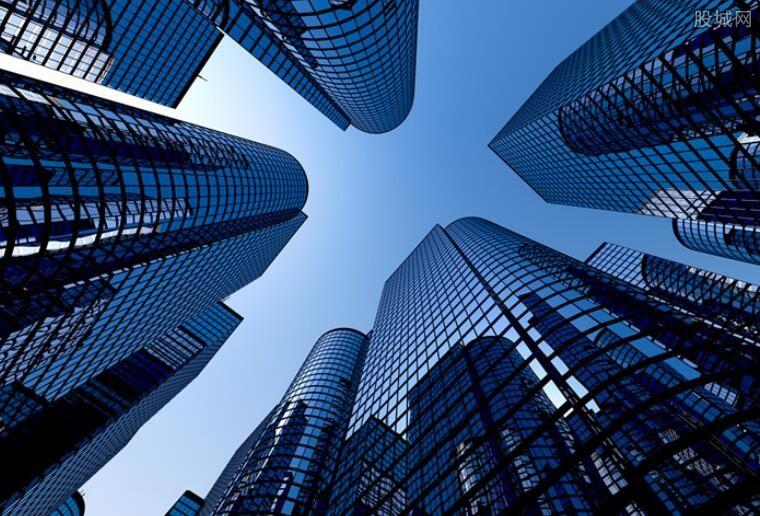 中国横着建摩天大楼引围观