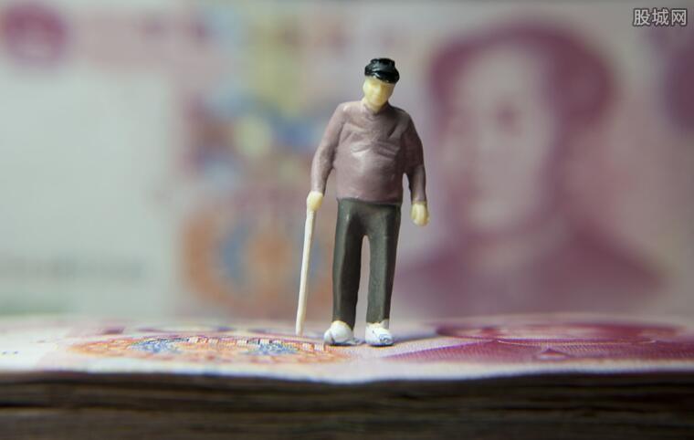 退休工资补发时间