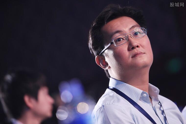 """马化腾王健林逛街 联手打造全国第一个""""智慧广场"""""""