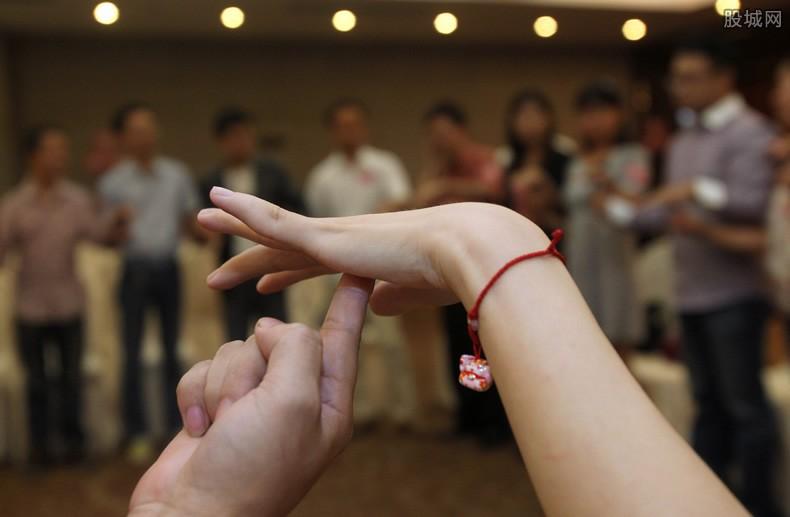 中国单身成年人口超2亿