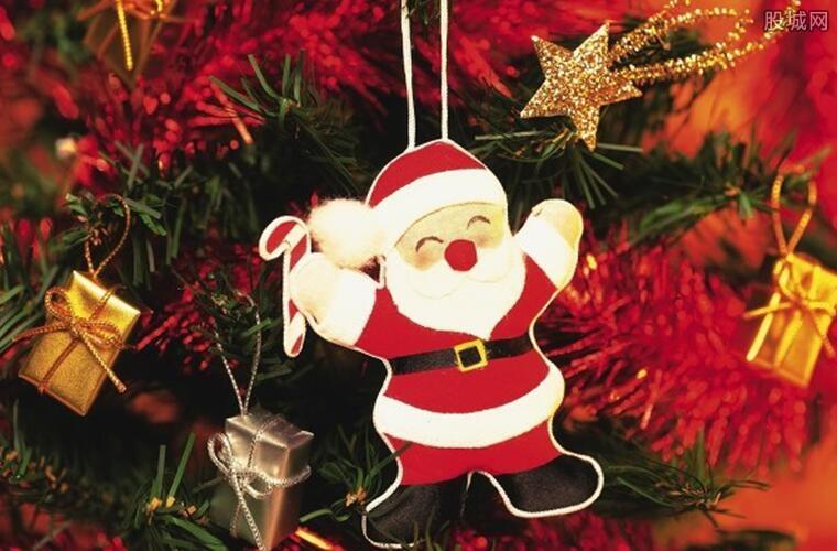 最贵圣诞树出炉