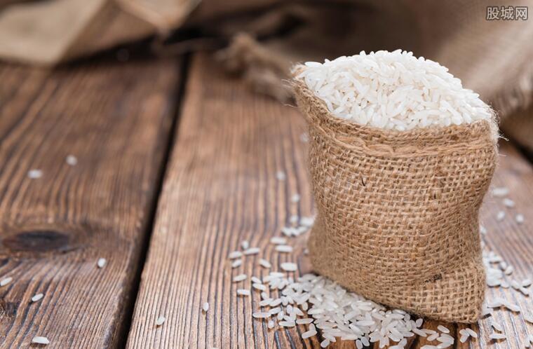 官方谈囤米引热议