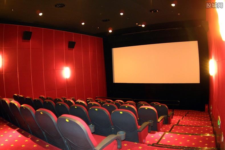 成都首位进影厅观众终身免费观影