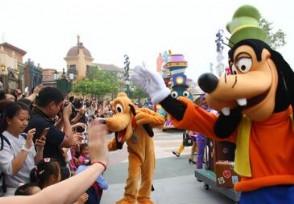 上海迪士尼门票首次低于半价推出最优惠活动