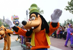 上海迪士尼回应APP被通报:假冒的正在调查此事件