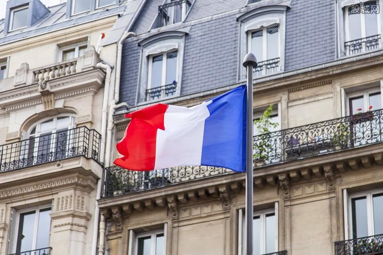 法国前总统德斯坦感染新冠去世