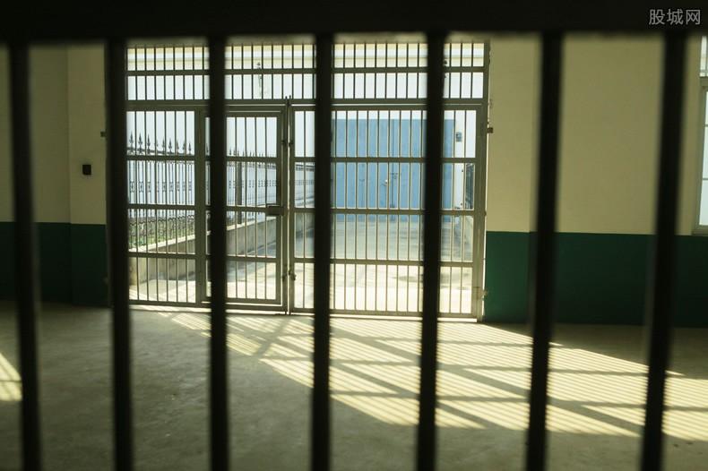 麦道夫狱中去世