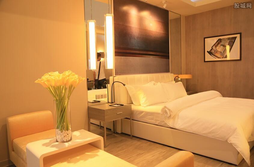 厦门如家酒店经理回应房间藏摄像头 你以后还敢住吗?
