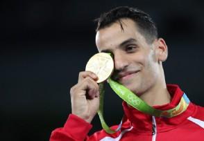 2008奥运金牌值多少钱金牌是纯金制造的吗