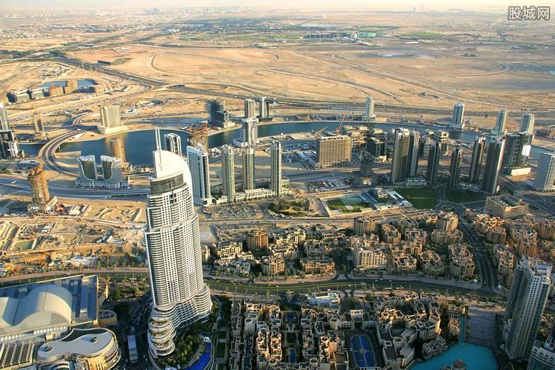 去迪拜打工一月多少钱 做乞丐也月收入过万吗