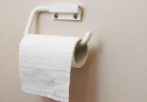 美国超市开始限购卫生纸 有钱也很难买得到!
